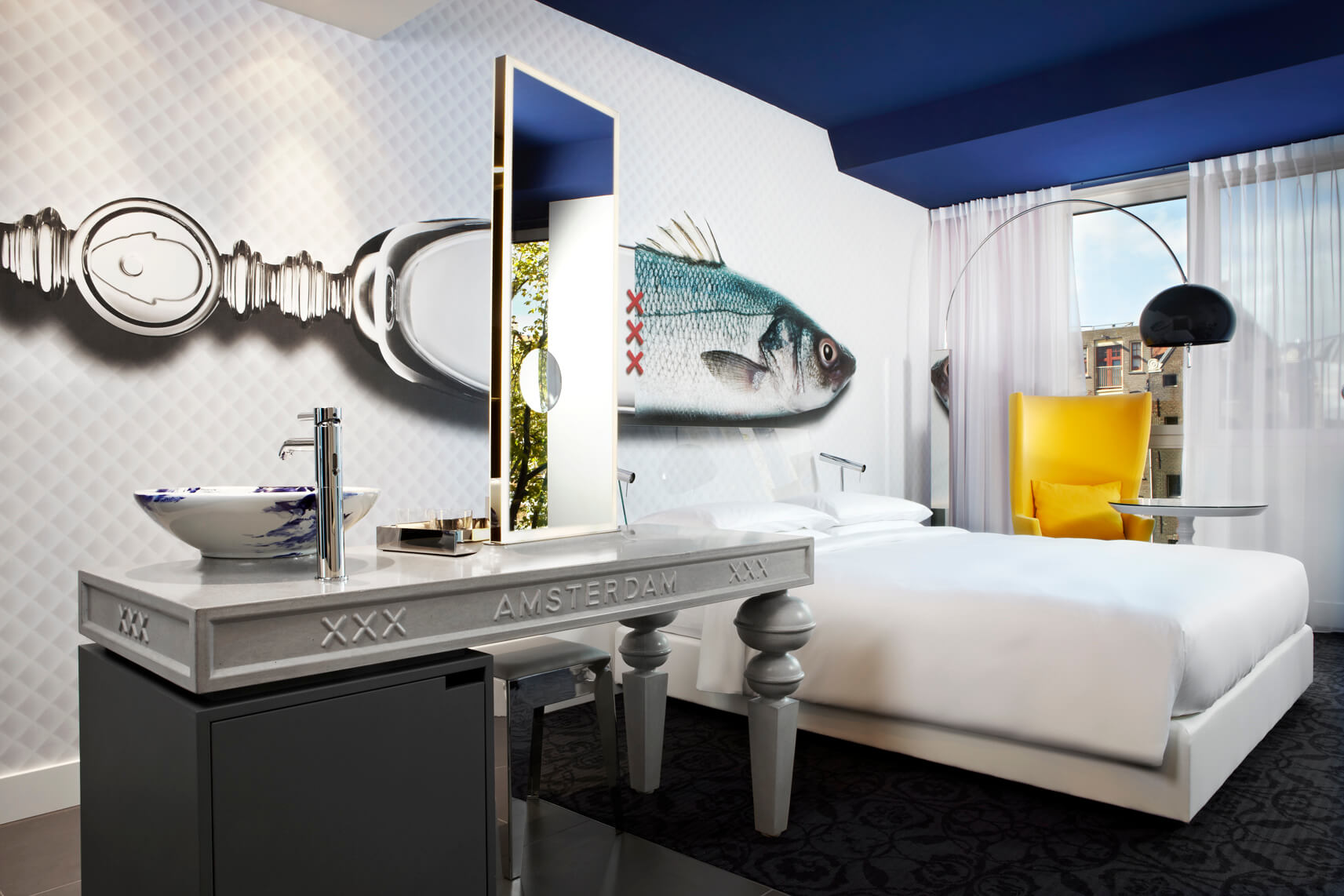 andaz, andaz hotel, amsterdam, high end, expensive, quirky, fun, cool, bedroom, suite, fish