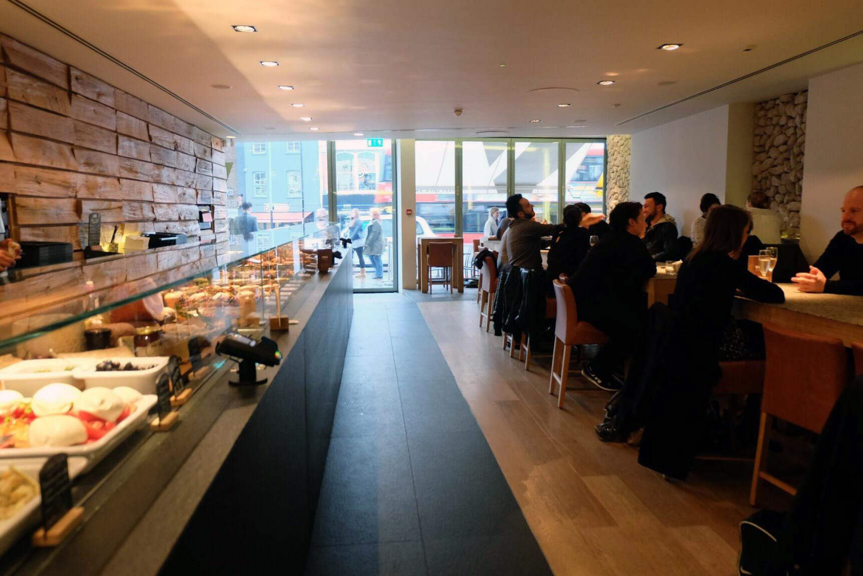 vivo taste, islington, italian, upper street, trattoria, rooftop, traditional, food, restaurant, review, new opening, new, london, top, best, healthy, sharing, yummy, fresh, chocolate, tart