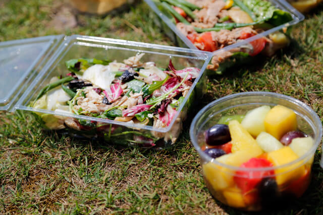 Carluccio's, Carluccio's picnic, carluccios, carluccios picnic, summer, picnic, hamper, strawberries, fresh, healthy, local, italian, delicious, amazing, £45, date, idea, top 5, london, regional, special, posh, expensive, salad, healthy, fruit, fit food