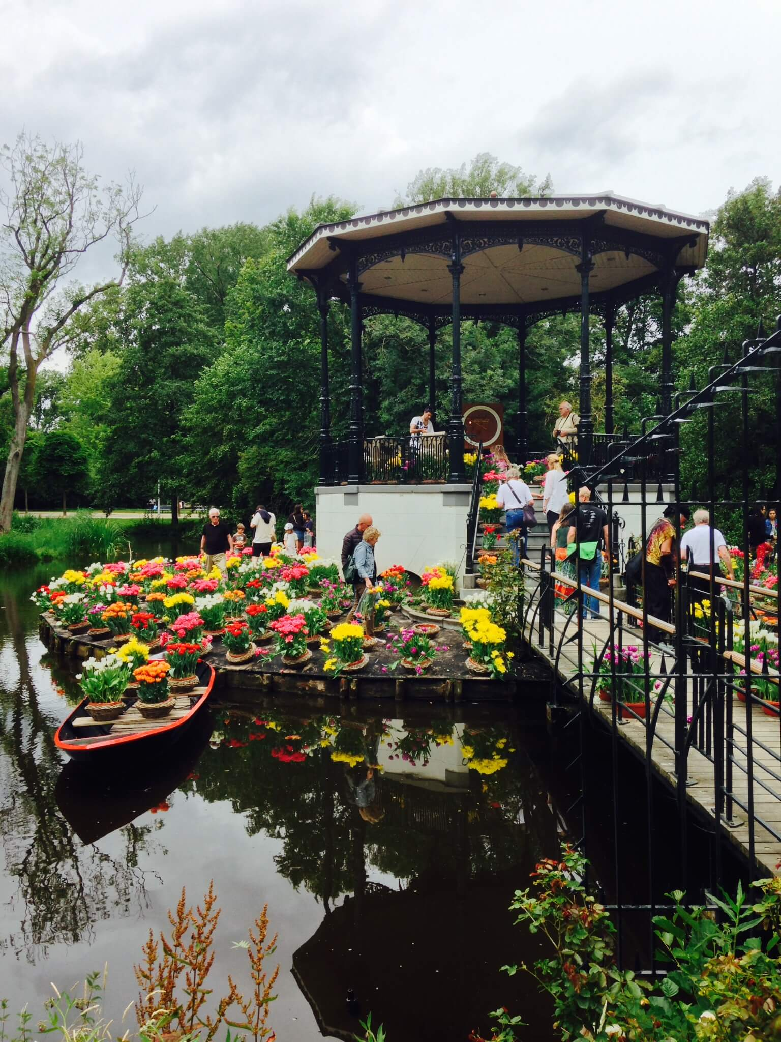 Vondelpark, tulip island, amsterdam, things to do in amsterdam