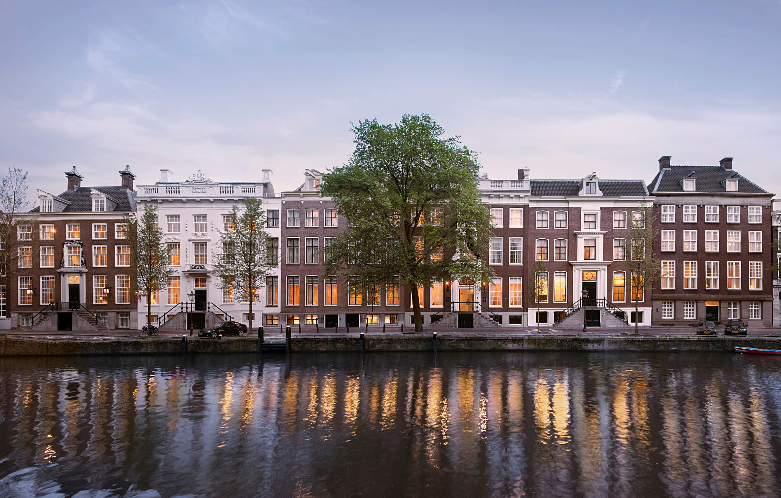Hotels By The Canal In Amsterdam