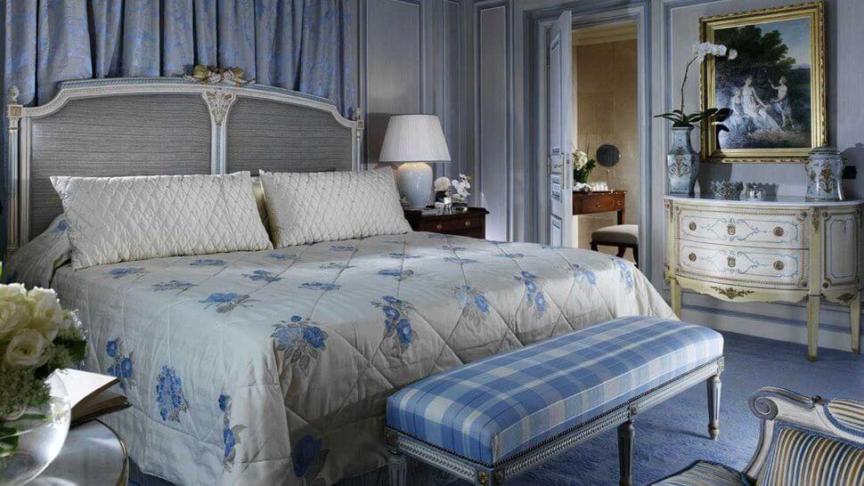 006742-02-blue-bedroom