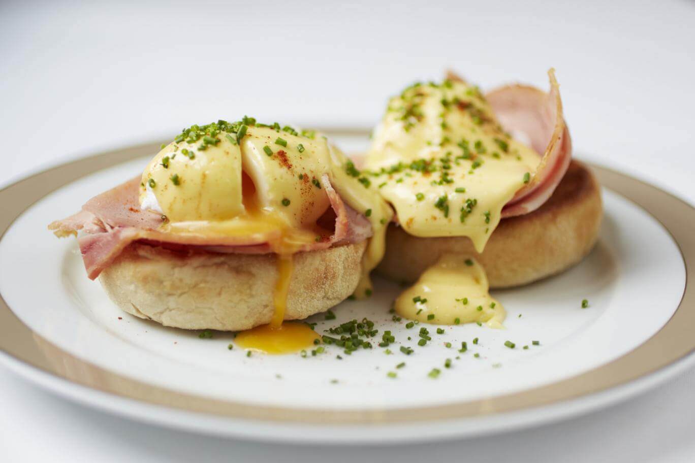 Wolseley-Eggs-Benedict-high