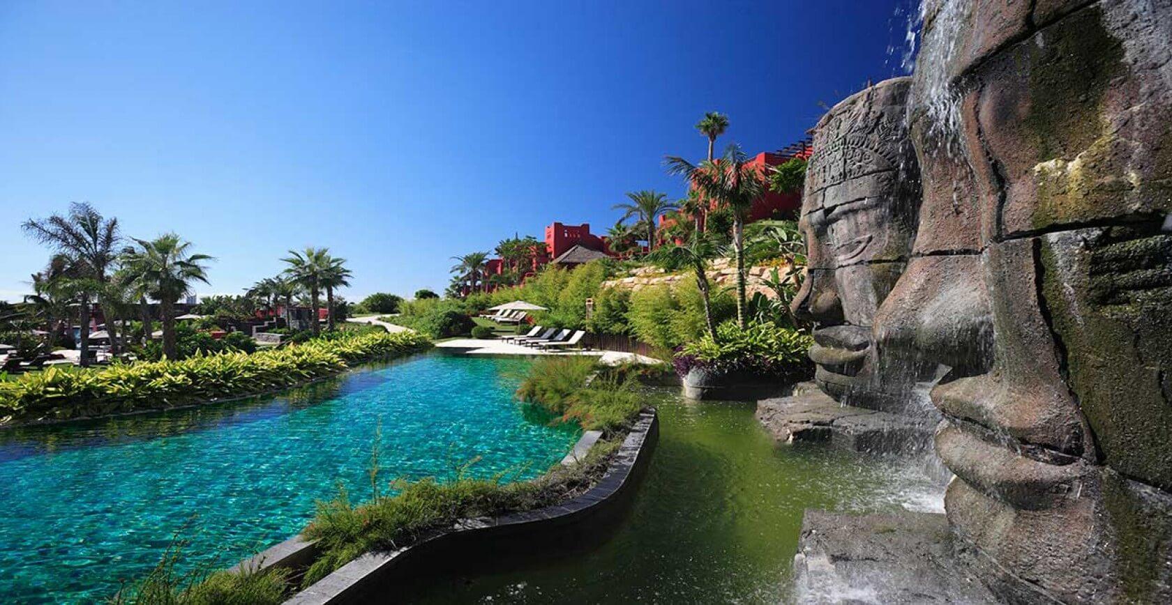 asia-gardens-waterfalls