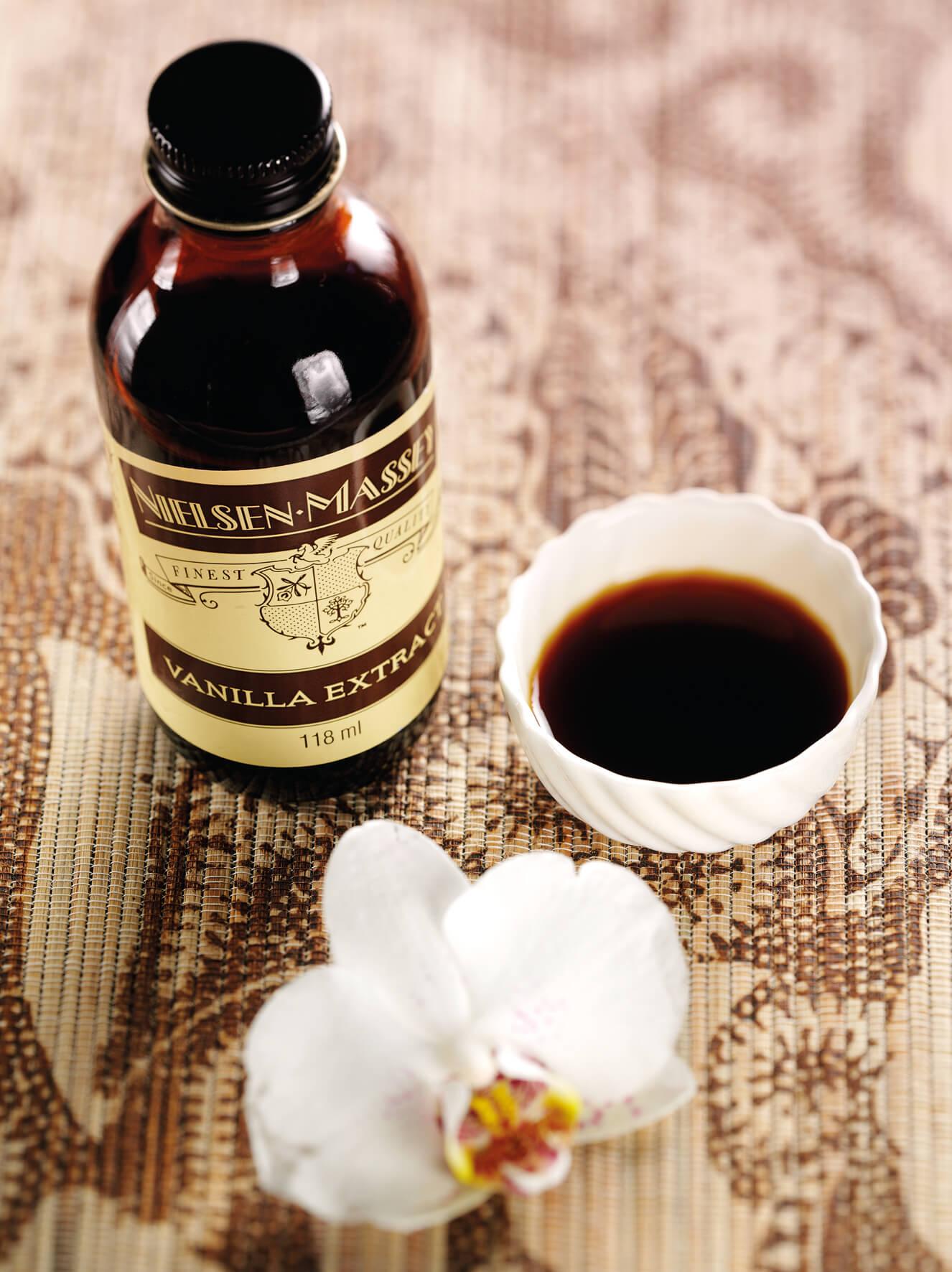 Nielsen-Massey Vanilla Extract Lifestyle Image