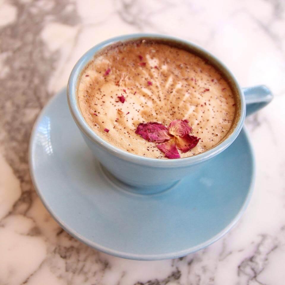 Coconut Cappuccinos, Coconut Cappuccino, Coconut Cappuccino in London, best Coconut Cappuccino, best soya lattes London, vegan London, almond milk latte London, coffee London, coconut milk