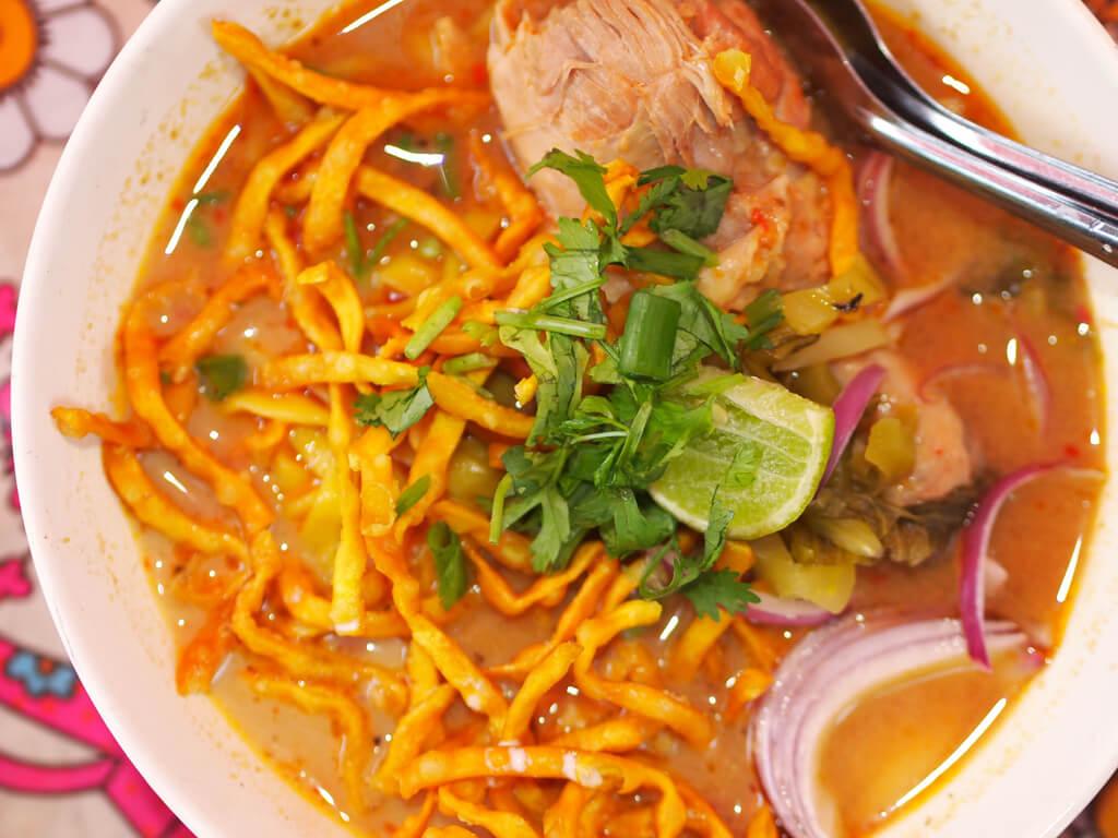 Khao-soi-noodles