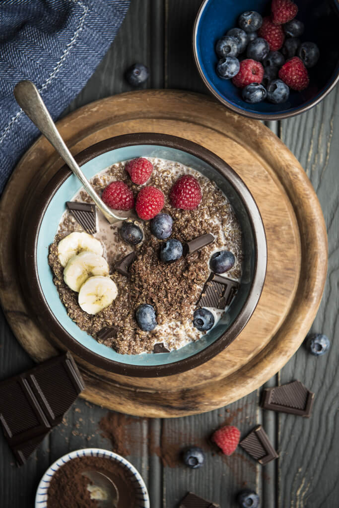 Quinoa chocolate bowl