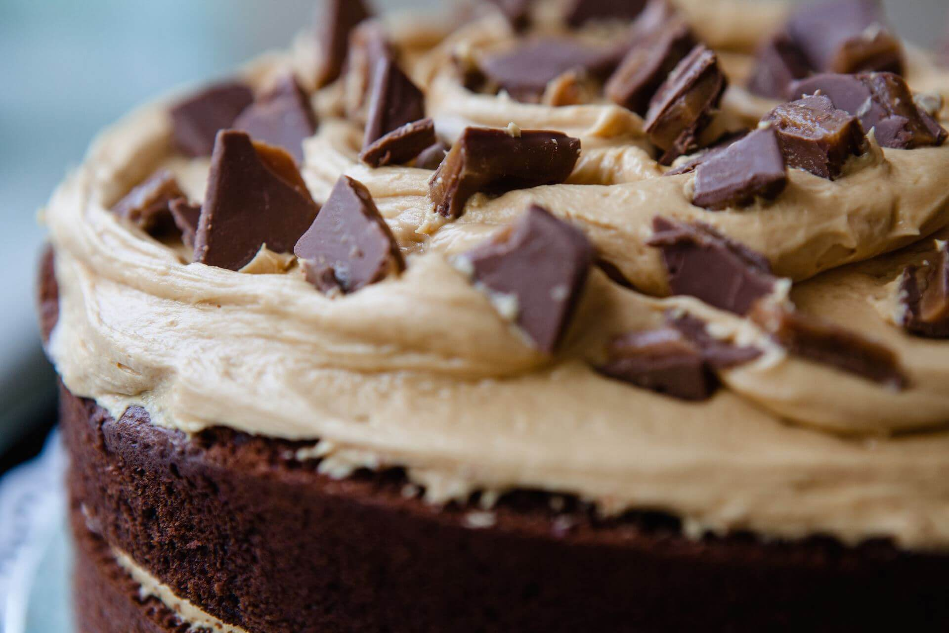 Caramel Crunch Chocolate Cake