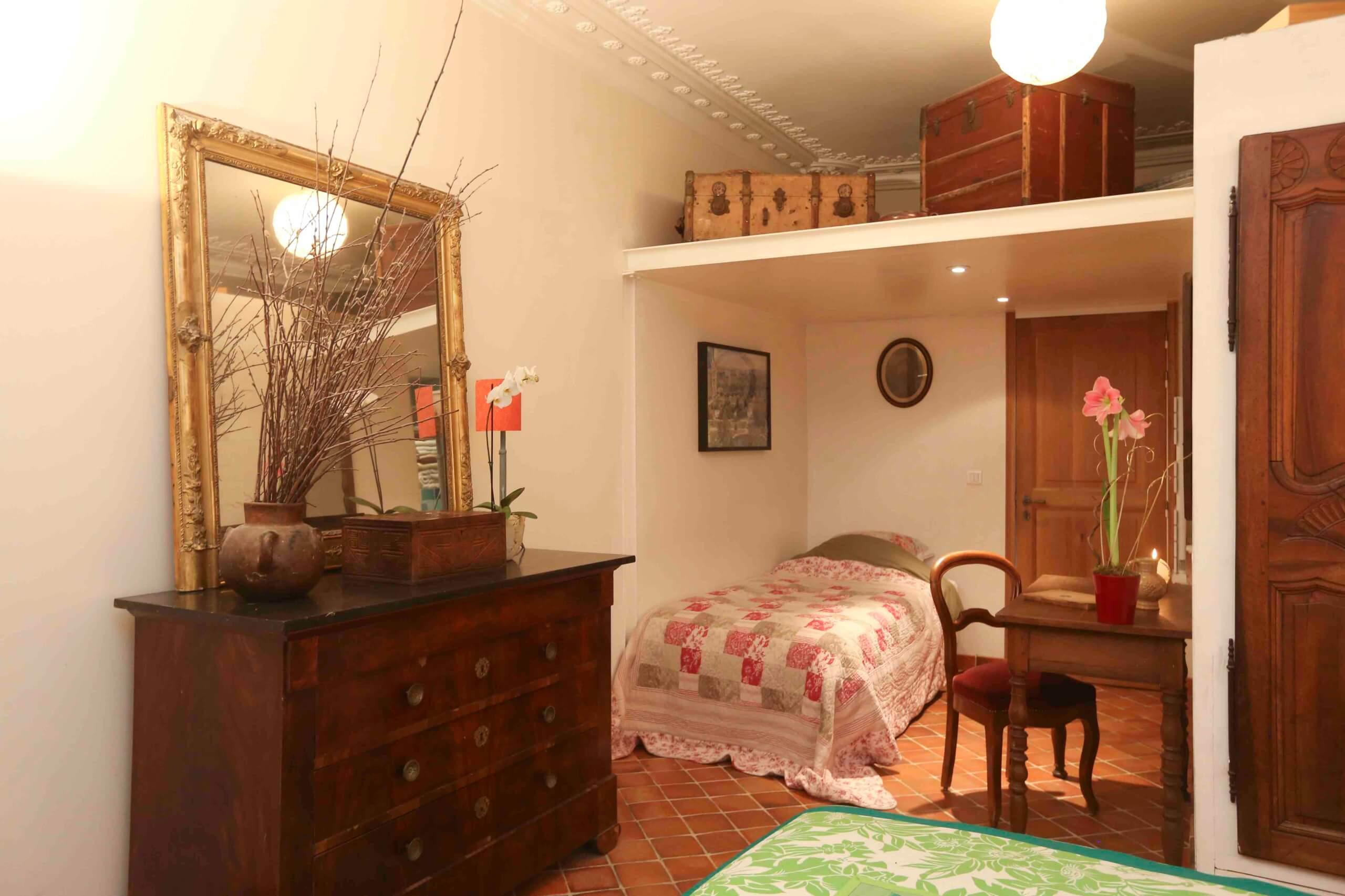 Stay Here Bonne Nuit Paris