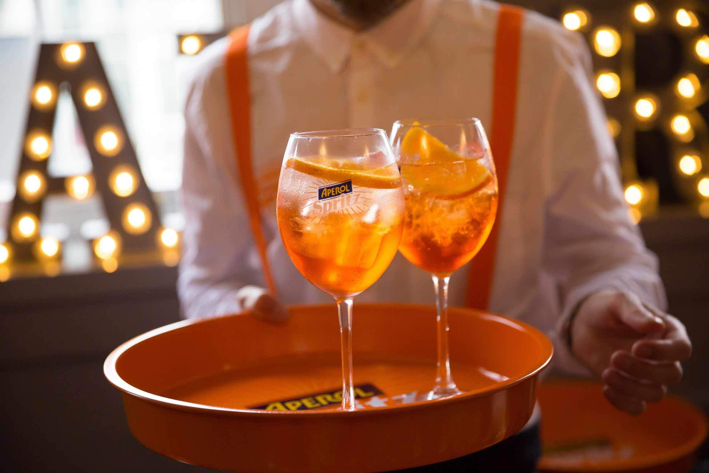 Top 5 places to enjoy an aperol spritz in london about for Cocktail spritz
