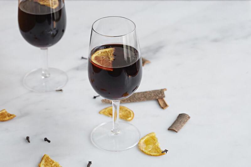 best mulled wine in London, mulled wine in London, where to drink mulled wine in london, best mulled wine london, london mulled wine, london wine bars, mulled wine, christmas mulled wine, christmas in london, top mulled wine in London