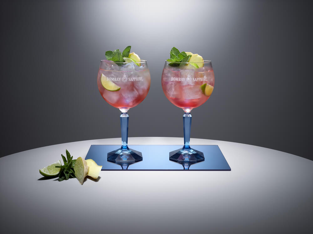 Bombay Sapphire New Traditions, Bombay Sapphire New Traditions cocktails, Bombay Sapphire christmas cocktails, Bombay Sapphire christmas cocktail recipe, gin cocktail recipe, christmas gin cocktail recipe, gin cocktails for christmaschristmas cocktails recipes, christmas cocktails, christmas cocktail party, christmas champagne cocktails, easy christmas cocktails, best christmas cocktails, christmas party cocktails, great christmas cocktails, christmas cocktails recipes easy, easy christmas cocktail recipes, cocktails for christmas, recipes for christmas cocktails, christmas cocktail ideas, quick christmas cocktails,