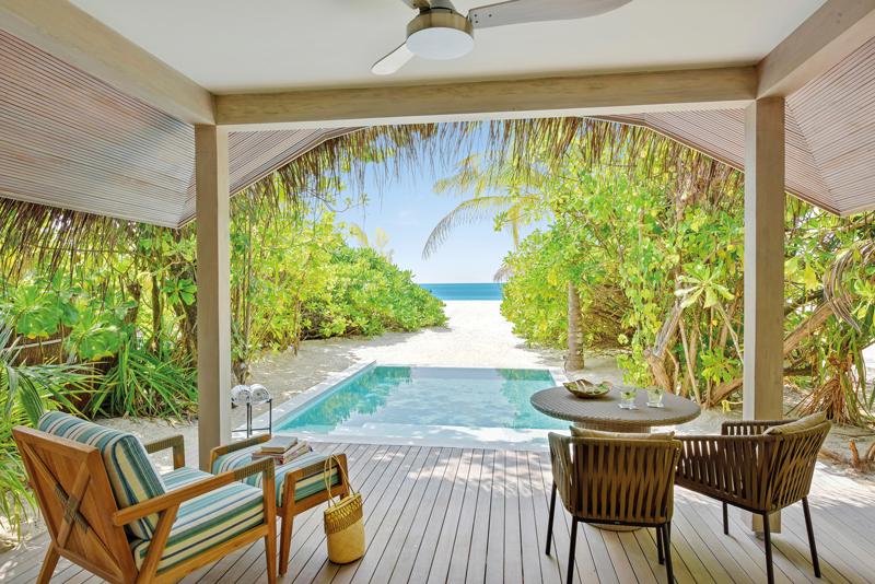 Kanuhura Maldives Review