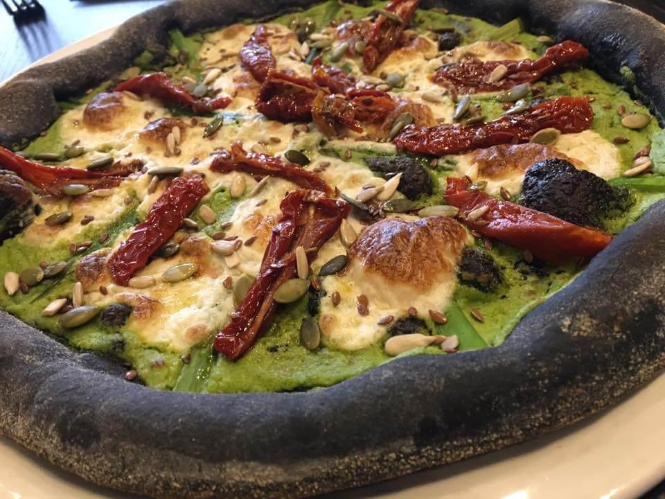 Best Vegan Pizza in London, London's Best Vegan Pizzas, London's Best Vegan Pizza, vegan pizza in london, best vegan pizza in london, vegan pizza london, top vegan pizza in london, where to eat vegan pizza in london, vegan pizza