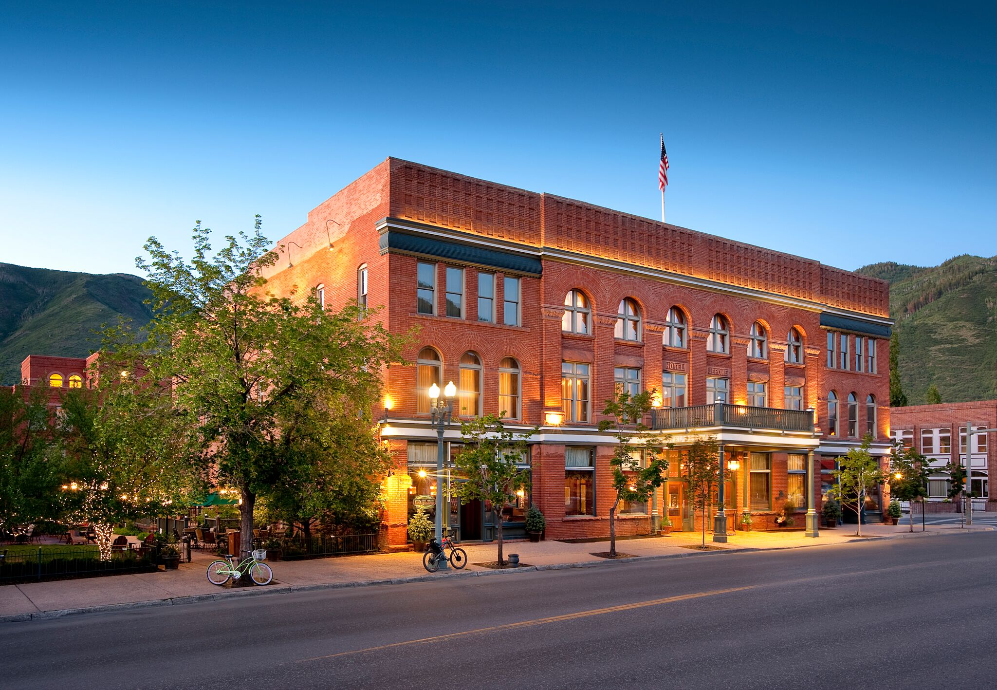 Aspen restaurants, where to eat in Aspen, About Time: You Discovered Aspen in the Summer, best things to do in Aspen during the summer, best things to do in Aspen, Aspen during the summer, Aspen in the summer