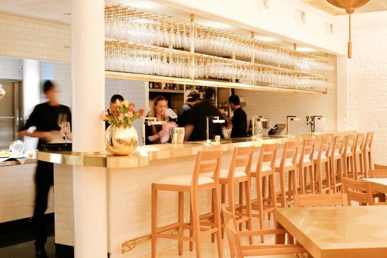 Design Cube Keuken : Eat here balthazar s keuken amsterdam