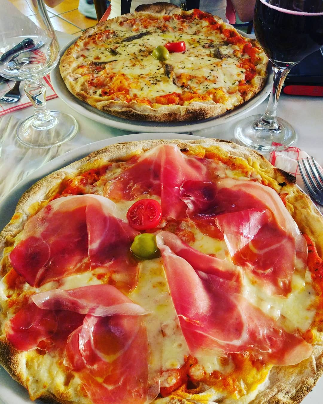 best things to eat in rome, what to eat in rome, things to eat in rome, 5 things to eat in rome, things you need to eat in Rome
