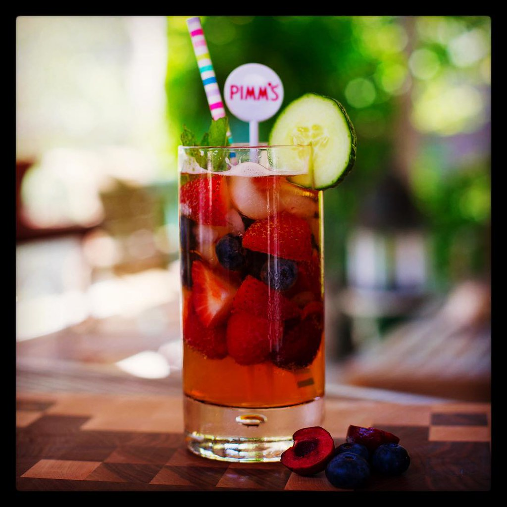 Drink Pimm's in London, Drink Pimm's in London, Drink Pimms in London, Drink Pimms in London, best places to drink pimm's in london, outdoor bars for pimms in london, best places for pimms